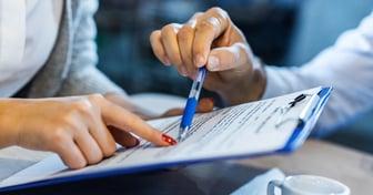 ¿Cuáles son las cláusulas de un contrato de trabajo en Chile