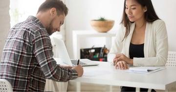Contrato y finiquito electrónico: ¿Qué dice la Ley 21.327 y 21.361?