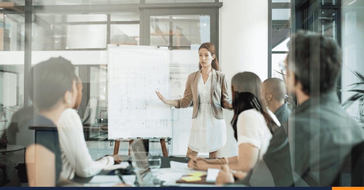 ¿Cómo hacer una estrategia comercial ganadora?