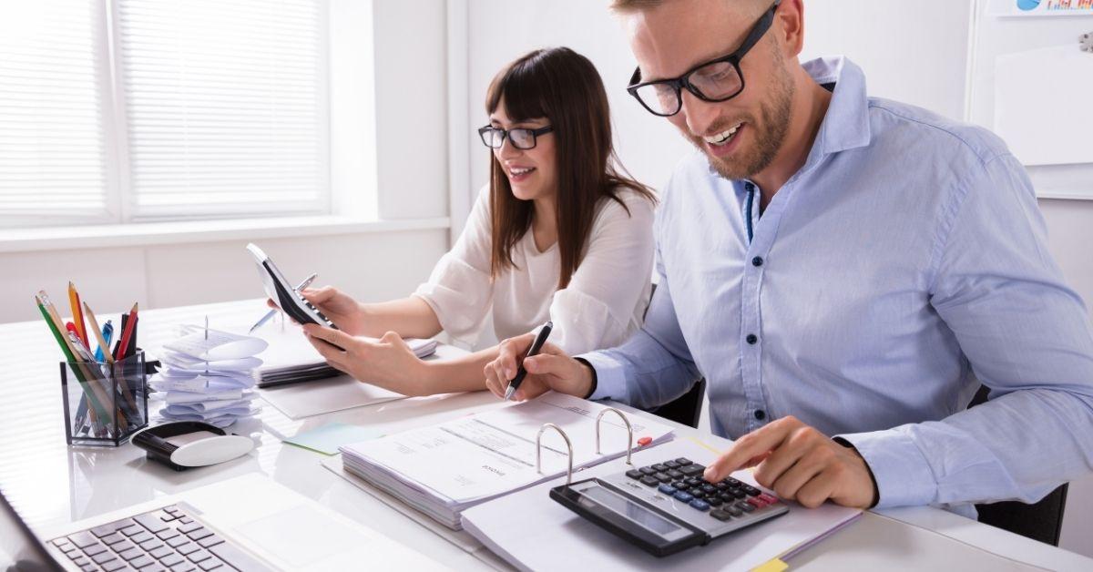 ¿Cómo tributan los retiros de los socios?