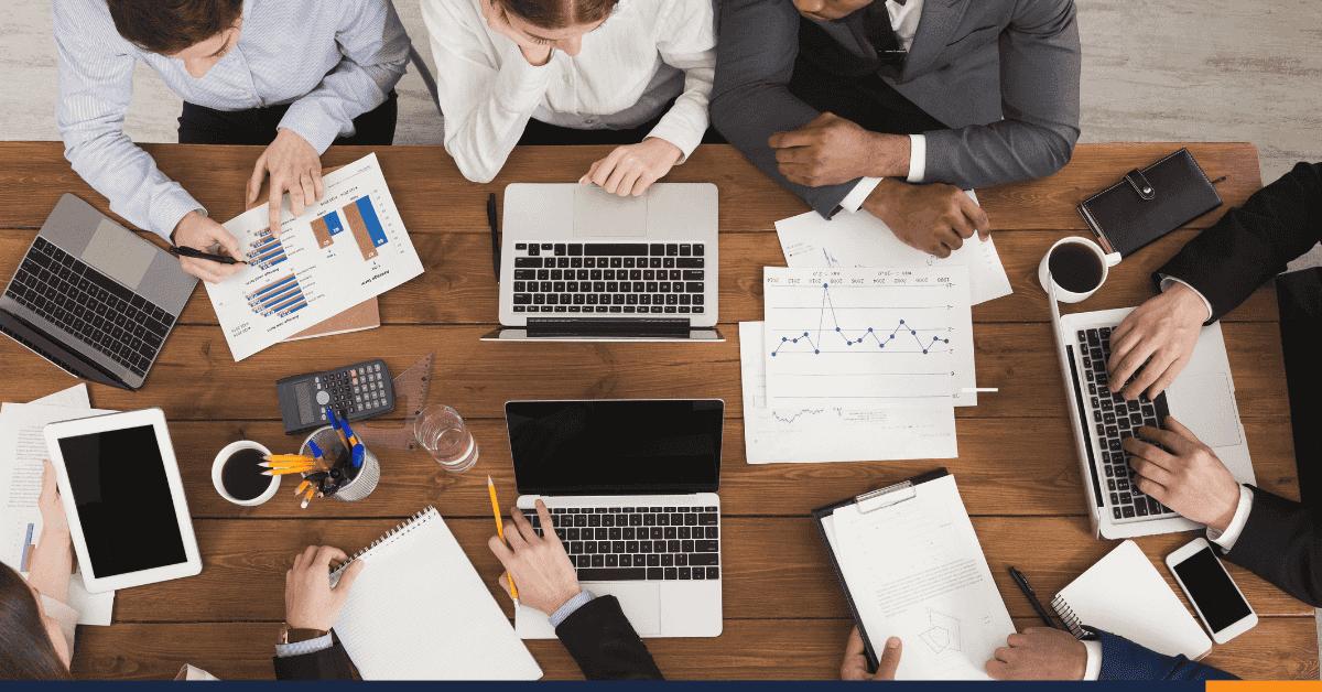 ¿Cuál es la diferencia entre auditor y contador?